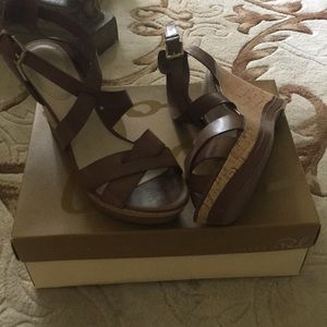 Brand New Brown Sandals Size 9.5